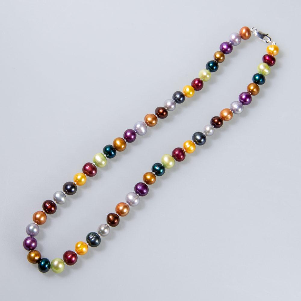 Perlenkette 7-8 mm, koloriert, geknotet, verschiedene Längen